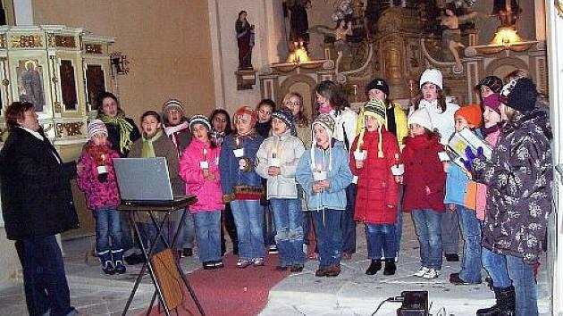 Adventní koncert v Kněževsi 2010