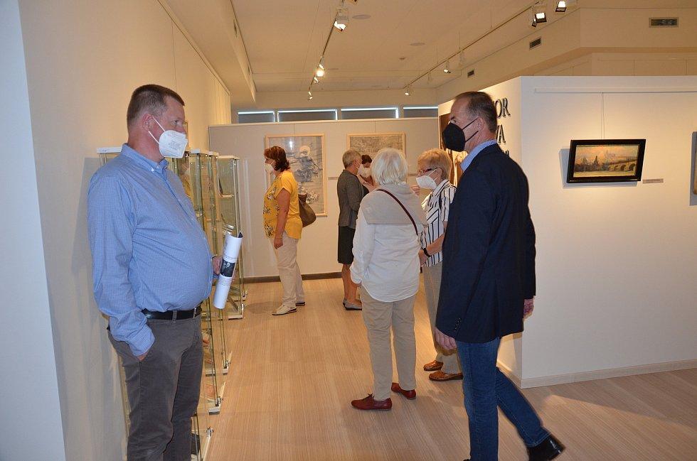 Slavnostní otevření stále expozice Viktora Olivy v novostrašecké galerii.