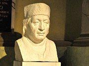 Výstava návrhů sochy mistra Jana Husa v Heroldově síni