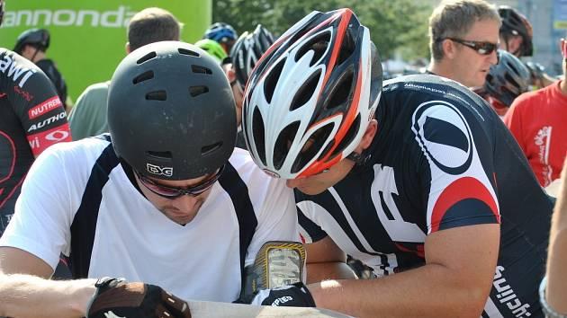 Rakovnické cyklování zahájil orientační závod dvojic