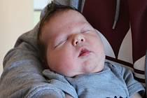 TOMÁŠ KAMENSKÝ, ROZTOKY U KŘIVOKLÁTU. Narodil se 28. května 2020. Po porodu vážil 4,2 kg a měřil 52 cm. Rodiče jsou Tereza a Tomáš, bratr Samuel.