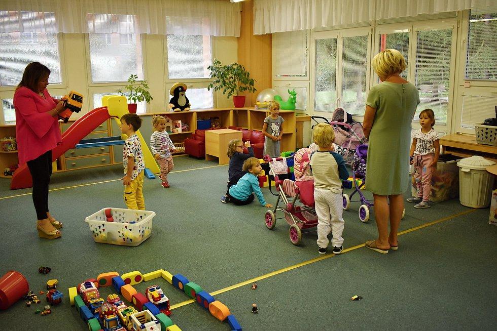 První školní den v MŠ Klicperova Rakovník.