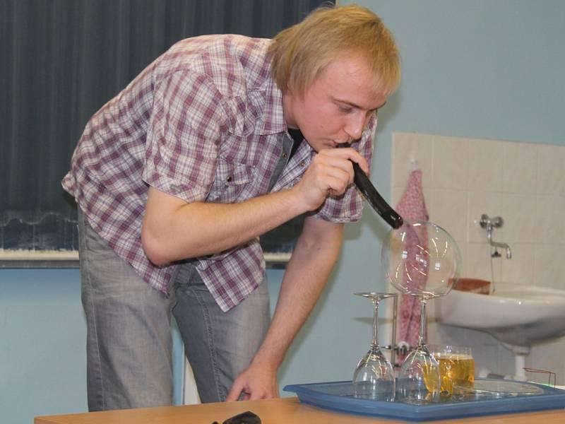 Magická fyzika na gymnáziu v Rakovníku