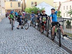 Žáci ze 4.B 1.ZŠ v Rakovníku si vyjeli na kolech na Olešnou.