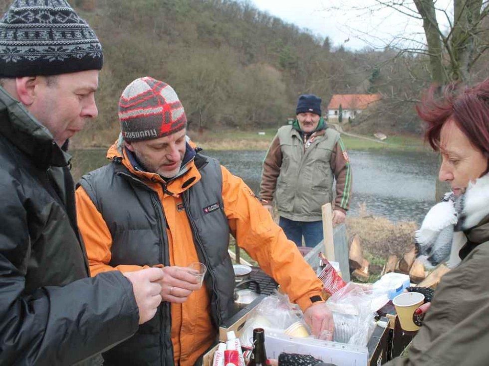 Ukončení rybářské sezóny a otužilci u Berounky