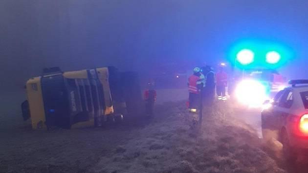 Nehoda cisterny v Sýkořici.