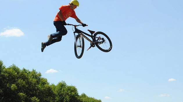 Rakovnické cyklování - freestyle trať u Cafexu 2013