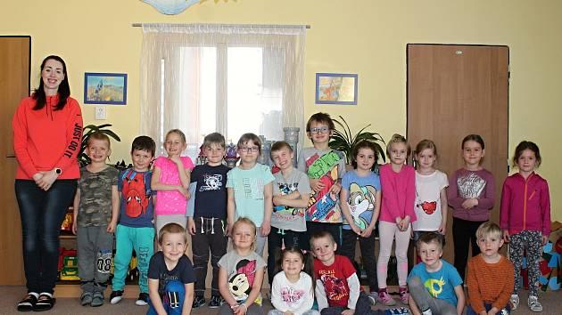 Modrou třídu vedou paní učitelky Turečková a Masarovičová.