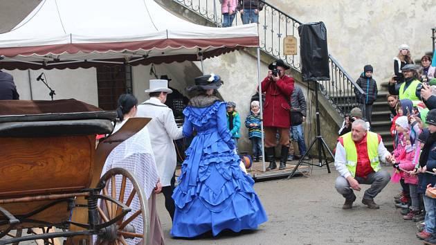 Velikonoce se na hradě oslavovaly celý víkend. Při té příležitosti otevřela knížecí rodina hrad veřejnosti.