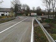 Opravený most ve Všesulově.