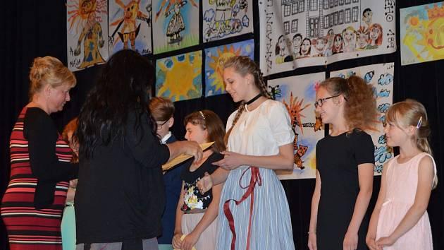 I žáci ze Základní umělecké školy v Novém Strašecí se zapojili do ZUŠ open.
