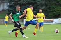 SK Rakovnik B (ve žlutém) - Tatran Rakovnik B výhra hostů 1:5 po poločase 1:3