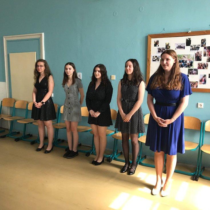 Z ústních maturitních zkoušek na Masarykově obchodní akademii v Rakovníku.