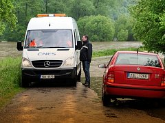 Silnice k Rozvědčíku od křižovatky na Nezabudice je uzavřena.