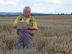 Pavel Růžek z Výzkumného ústavu rostlinné výroby v Praze Ruzyni