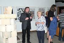 Slavnostní zahájení výstavy Jaroslava Urbánka v Nové síni Rabasovy galerie v Rakovníku.