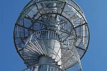 Rozhledna na Mackově hoře v Novém Strašecí je jednou z nejvyhledávanějších turistických atrakcí Rakovnicka.