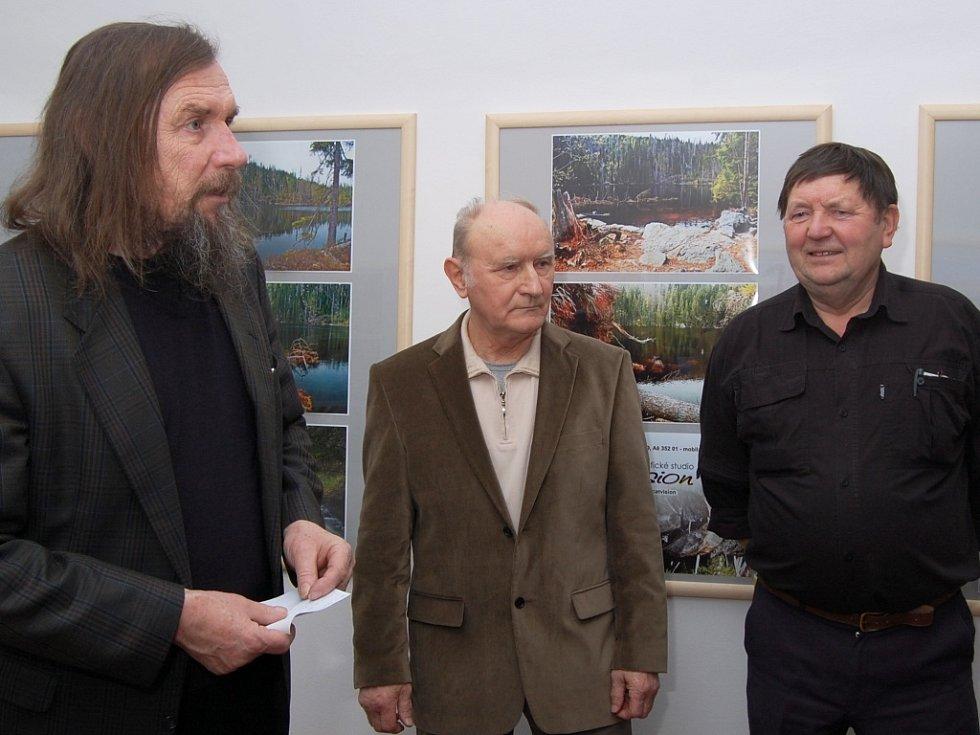 Vernisáž fotek Josefa Chrástky