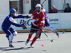 Hokejbalisté HBC Rakovník zdolali v dalším extraligovém kole Most 3:1.