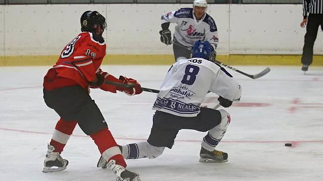 Hokejová příprava: Rakovník (v bílém)  - Kobra Praha B 4:3 po nájezdech.