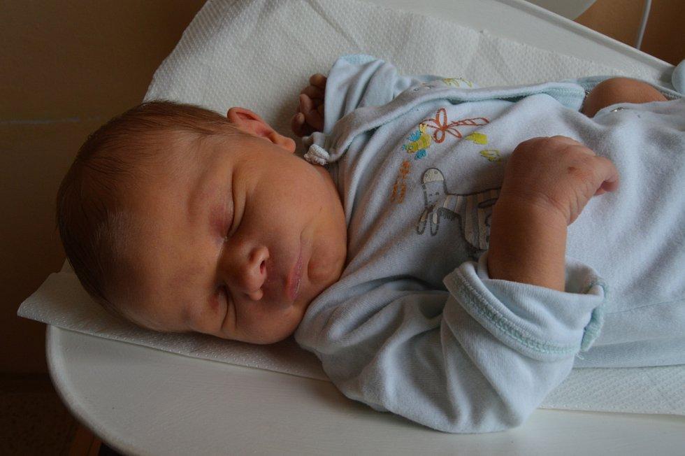 Robert Bureš, Unhošť. Narodil se 7. září 2019. Po porodu vážil 3,3 kg a měřil 51 cm. Rodiče jsou Kristýna a Robert.