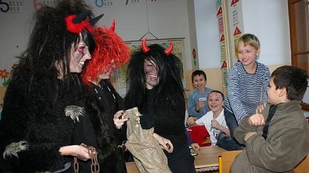 Mikuláš na 2.Základní škole v Rakovníku