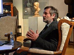 Poutavé vyprávění Václava Vodvářky přitáhlo do lánského Muzea T. G. M. posluchače všech věkových kategorií.