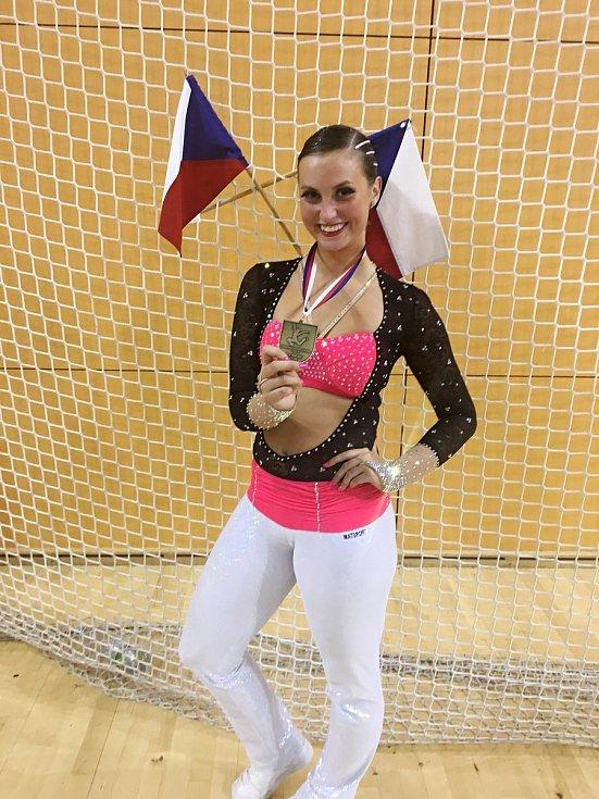 Žaneta Palčeková získala se svým týmem republikový titul.