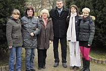 Redakce Rakovnického deníku, zleva: Šárka Hoblíková, Jana Elznicová, Karla Lisová, Miroslav Elsnic, Lenka Sixtová, Bianka Joglová