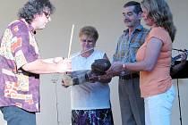 Město Rokycany s Art 38 uspořádalo v Klubu komorní kultury koncert skupiny Collegium fidle dolce. V průběhu odpoledne došlo i na spolupráci s publikem, tři dobrovolníci na chvíli sekundovali Milanu Benediktu Karpíškovi místo spoluhráčů.