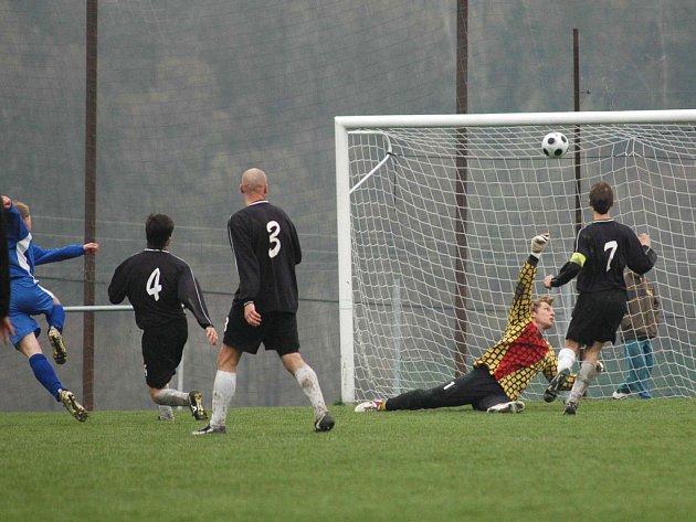 O další výhru v krajské 1. A třídě se fotbalisté TJ Město Zbiroh postarali doma. Přehráli Losinou 4:1.