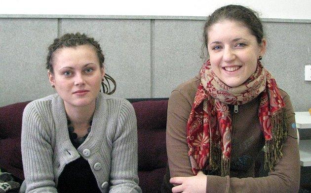 Terénní pracovince Vlastimila Feistingerová a koordinátorka  neziskové organizace Pavla  Potužníková.