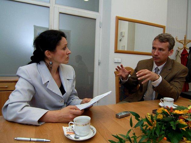 Vládní koordinátor Tomáš Klvaňa odpovídal na otázky Deníku.