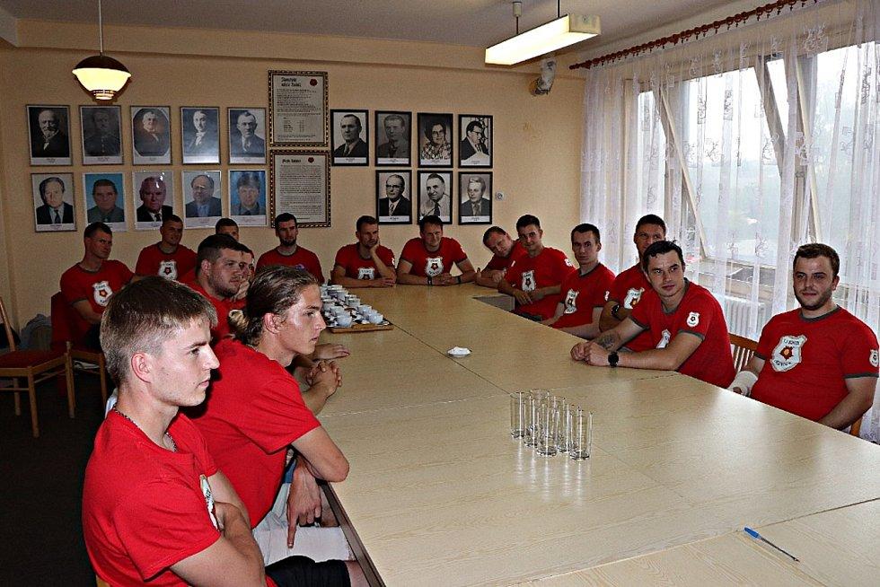 Fotbalisté TJ Sokol Radnice byli oceněni.