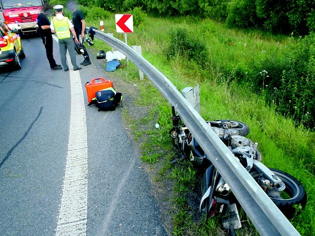 Dopravní nehoda u Ejpovic.