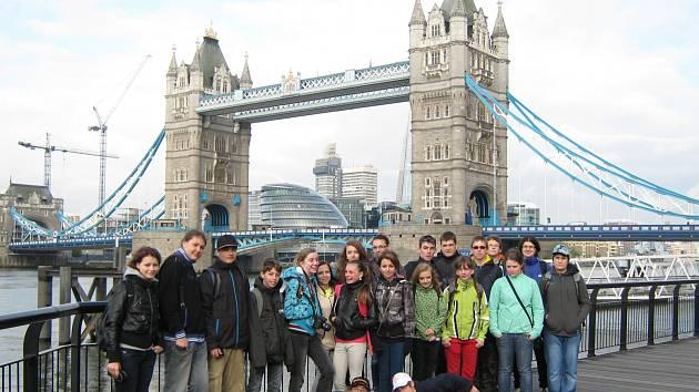 Školáci z Hrádku navštívili památky Anglie.