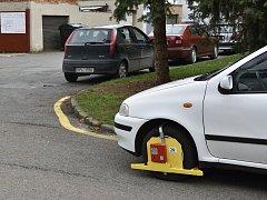 BOTIČKY sice řidiče potrestají, v některých případech ale problémy nevyřeší.