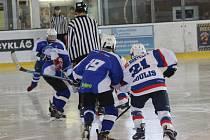 Přípravné zápasy na zimním stadionu v Rokycanech v týdnu vrcholily.