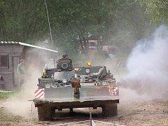 Vojenská technika a atraktivní program lákají do muzea ročně davy lidí.