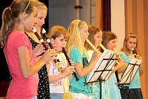 Osmdesáté výročí vzniku Základní školy T.G.Masaryka se neslo v duchu velkých oslav. Děti si pro své rodiče připravily akademii, na  které předvedly taneční vystoupení, přednesly básničky nebo zahrály na hudební nástroje.