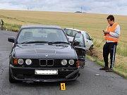 CIZINEC V BMW, který způsobil dopravní nehodu, vyvázl bez zranění. Do nemocnice putovali další účastníci kolize.