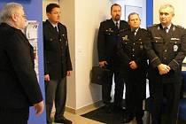 Slavnostního otevření zrekonstruované služebny v Rokycanech se zúčastnil i Miloslav Maštera, ředitel policie Západočeského kraje (vpravo).