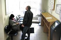 ÚP Rokycany. I když nezaměstnanost v regionu klesla, stále je dost těch, kteří zatím práci nemají.