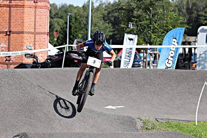 Závod dětí na mistrovství Plzeňského kraje horských kol v Břasích
