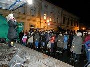 Mikulášská nadílka, vánoční výstava, bohatý program na náměstí, lampionový průvod - to vše bylo součástí Adventu 2018 v Mýtě.