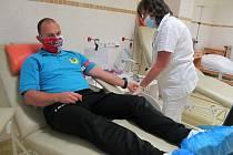 Sedm statečných z Hrádku darovalo krev...