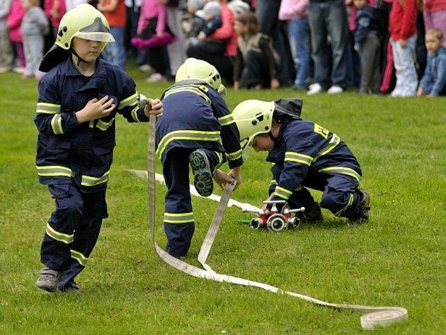 Malí hasiči z Němčovic hostují i na nejrůznějších akcích v okolí, kam jsou hojně zváni.