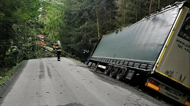 Nehoda kamionu u Litohlav