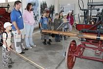 Tisící host Expozice požární ochrany ve Zbiroze dorazí zřejmě tento týden. Výstava zajímá nejčastěji rodiny s dětmi a milovníky hasičské techniky.