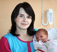 Tereza SOUKUPOVÁ z Mirošova si na sále rokycanské porodnice poprvé zakřičela 10. března. Narodila se sedmnáct minut po třinácté hodině. Terezka vážila při narození 2980 gramů, měřila 46 centimetrů.